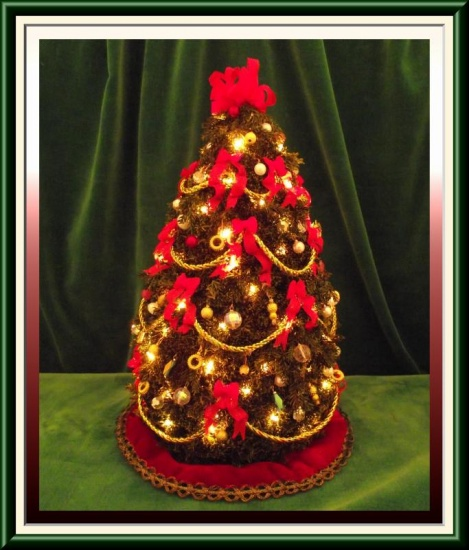Miniature Dollhouse Christmas Tree 8 1 2 Tall 400 00 Dollhouse